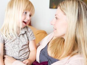 Комментирование ребенком действий по складыванию узора