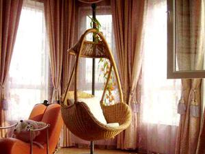 Плетеные подвесные качели