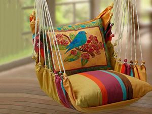 Подвесные качели с подушками