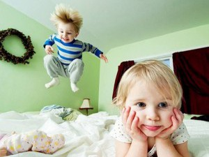 Вздрагивания из-за гиперактивности перед сном
