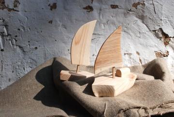 Кораблики из дерева