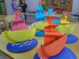 Кораблики из тарелок
