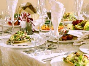 Оформление праздничного стола для папы