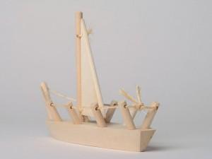 Вариант простого деревянного кораблика