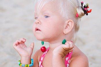 Прокалывание ушей в детском возрасте