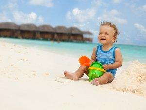 Опасность нахождения детей на солнце без защиты