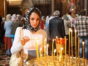 Верующая женщина - кандидатура на крестную