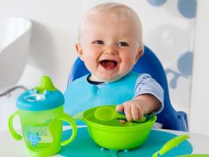 Выбор удобной ложки для малыша