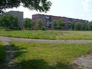 Площадка с травой для игры в чехарду