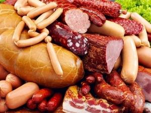 Колбасы - запрещенный продукт для малышей
