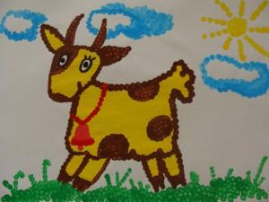Рисунок коровы ватными палочками